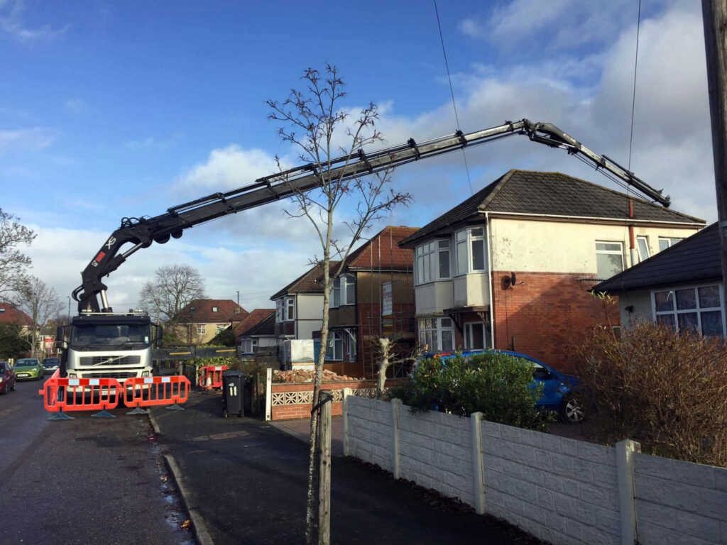 Mb Crane Hire Steelwork Install Not Even Fully Extended Edit