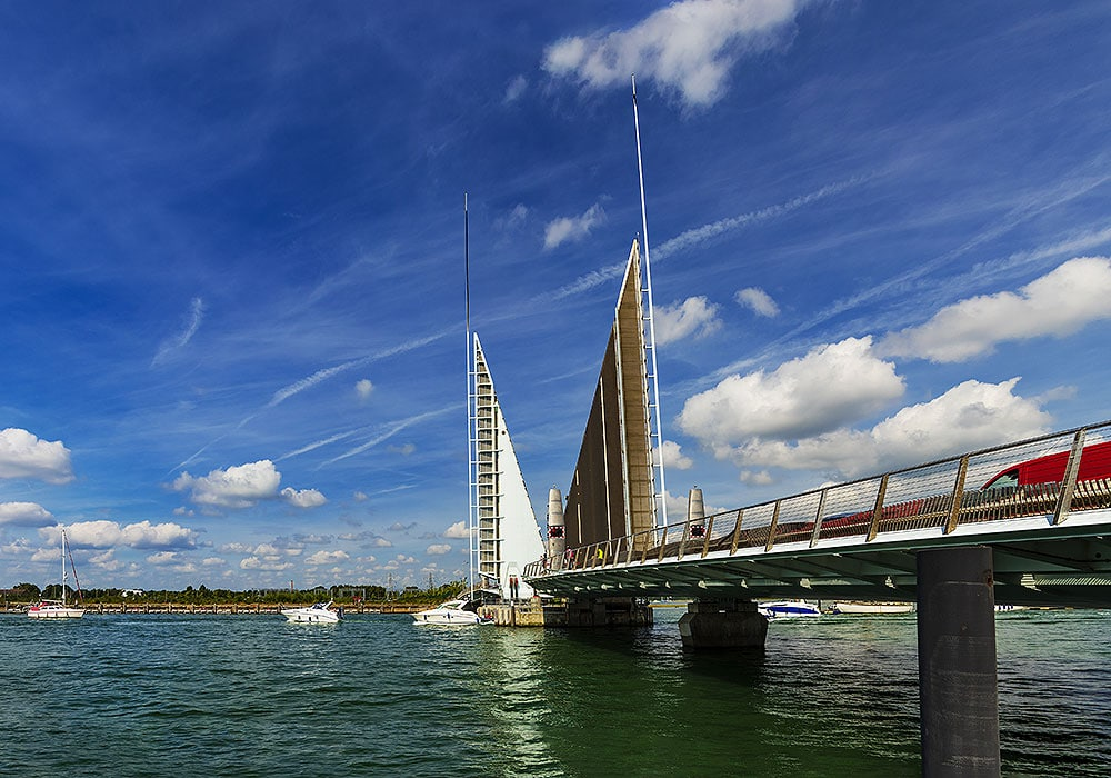 Mb Crane Hire Works On Twin Sails Bridge In Poole Harbour